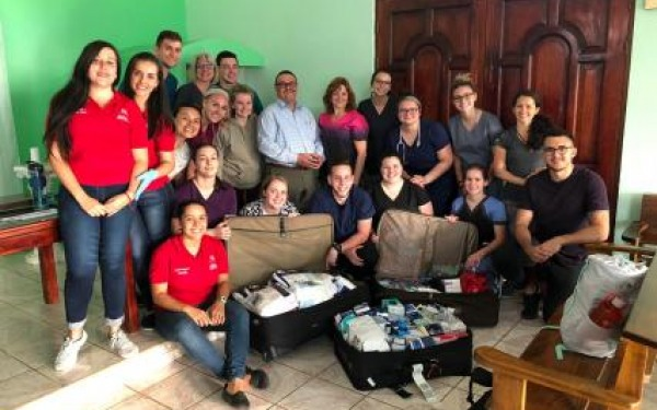Students on the 2019 Faculty-Led Nursing Program in Costa Rica