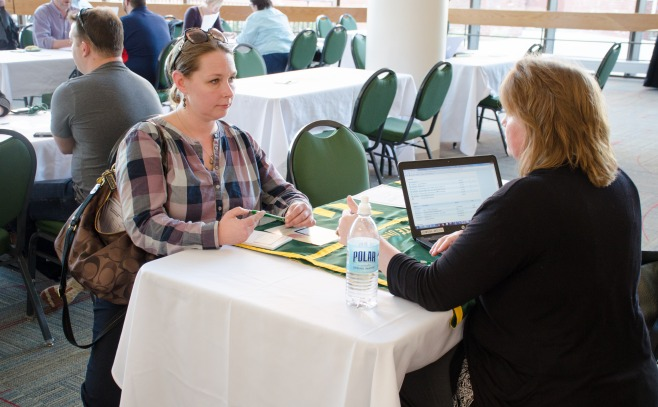 Shelby Cota advising student