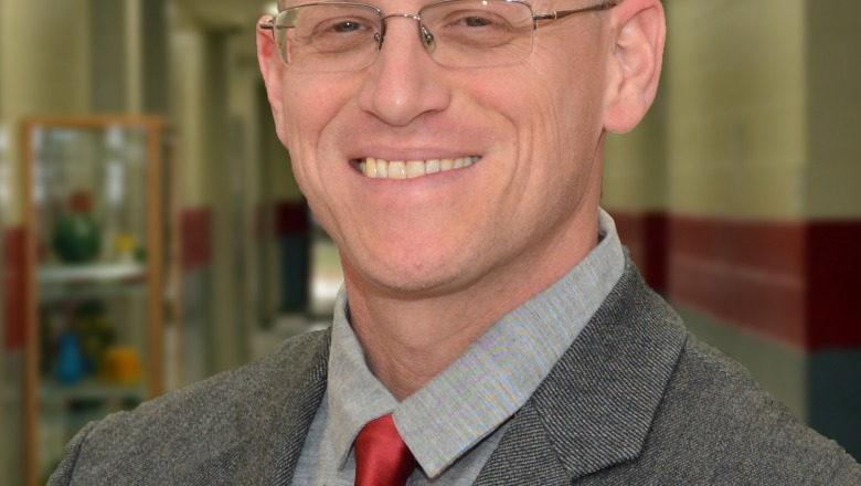 FHS Principal to be recognized as Distinguished Alumnus