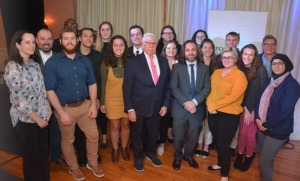 Communications Media faculty and students with Carl Bernstein